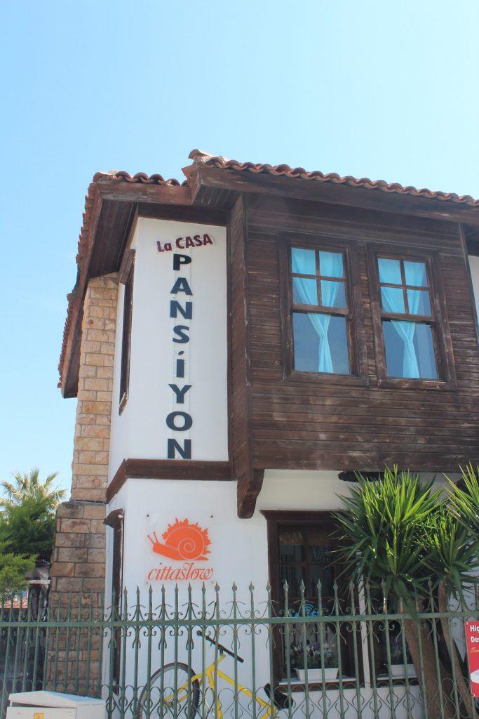 La Casa Pansiyon