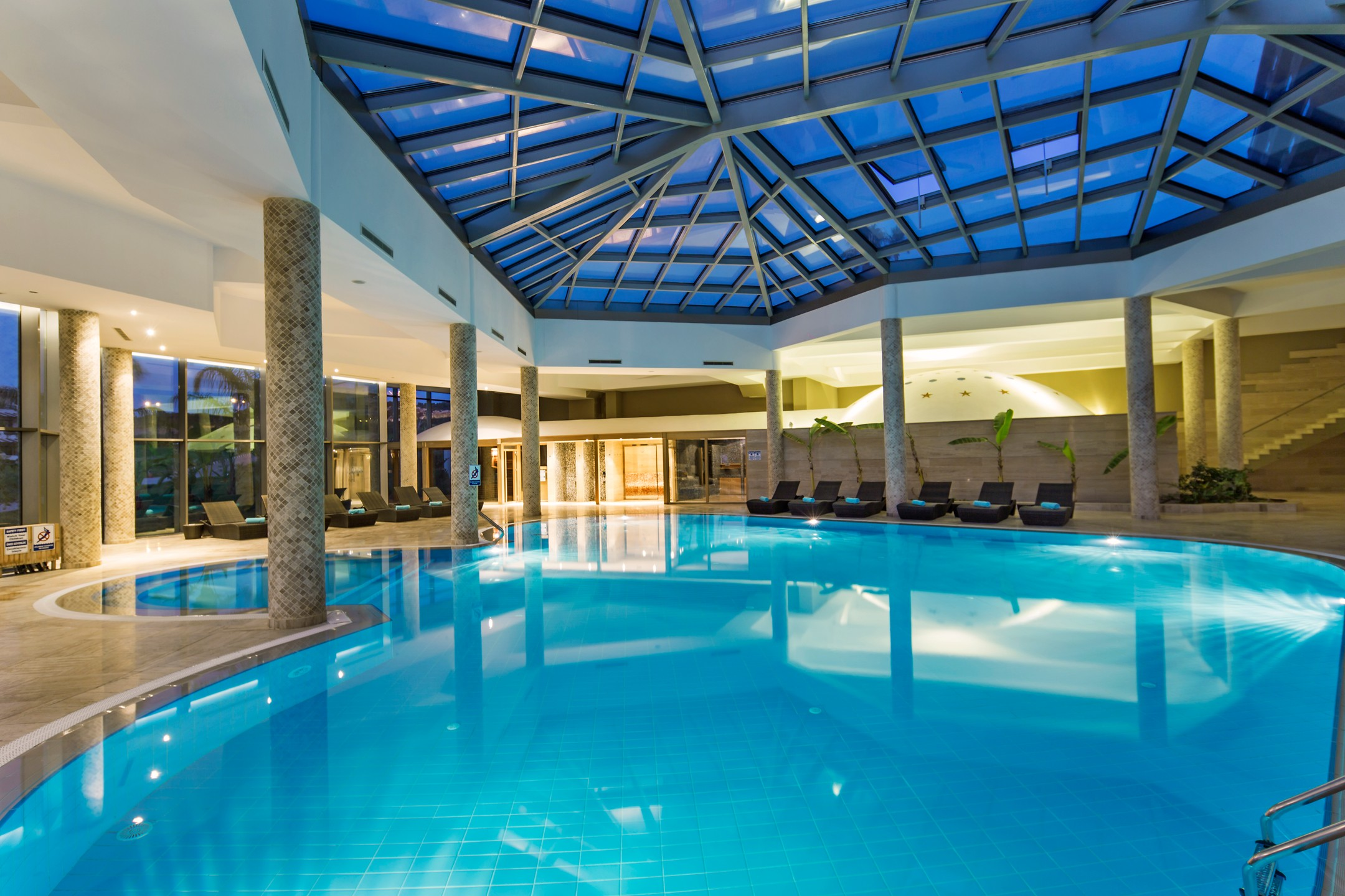 Tatilyum nuhun gemisi deluxe hotel spa for Adam and eve family salon chennai