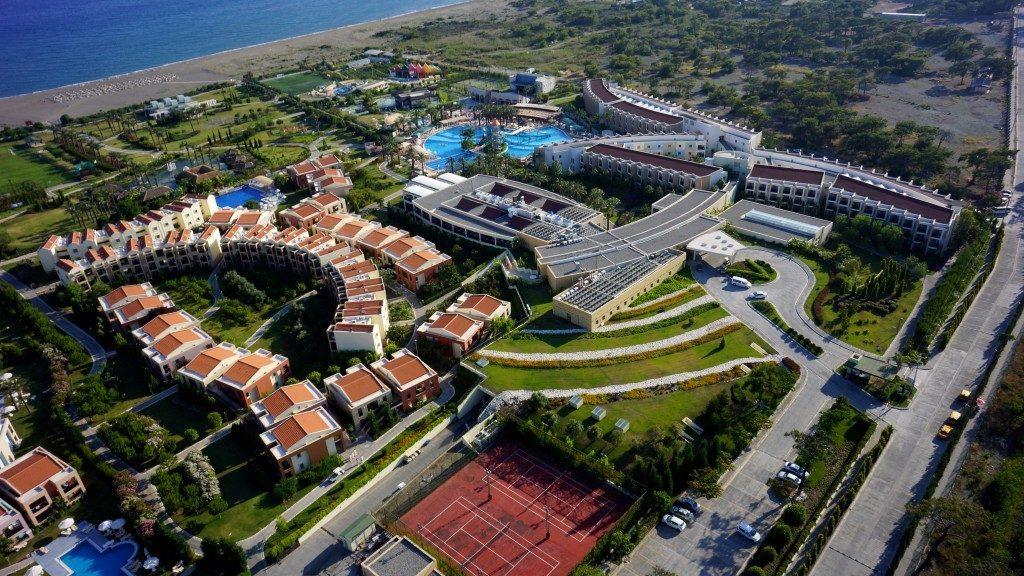 Family Life Tropical Resort