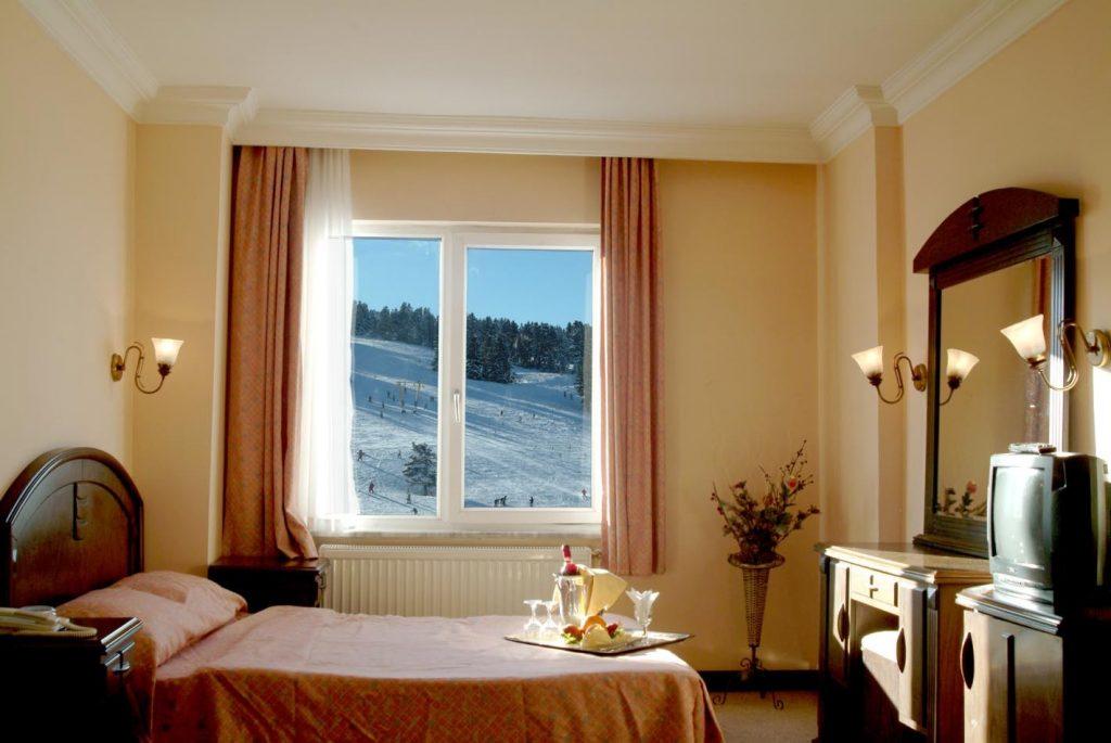 Genç Yazıcı Hotel Uludağ