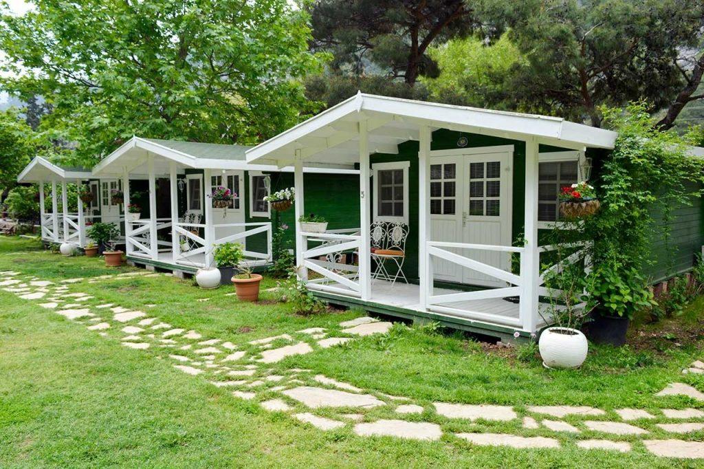 Lukkies Lodge Cıralı